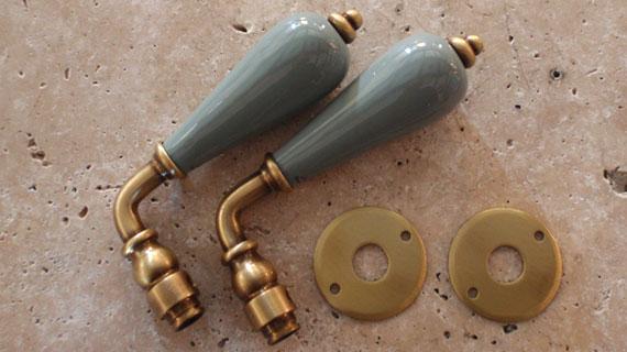 レバーハンドル・真鍮サテン仕上げ