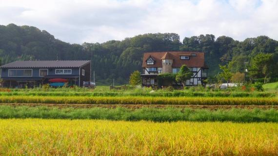 秋を迎える不室町(金沢市)